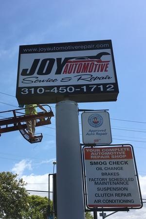 StoreFrontLightBox_JoyAutomotiveRepair_SantaMonica_PremiumSignSolutions