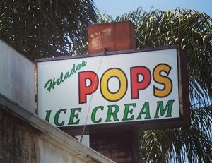 lightbox_business_sign_Helados_pops_san_fernando_premium_sign_solutions