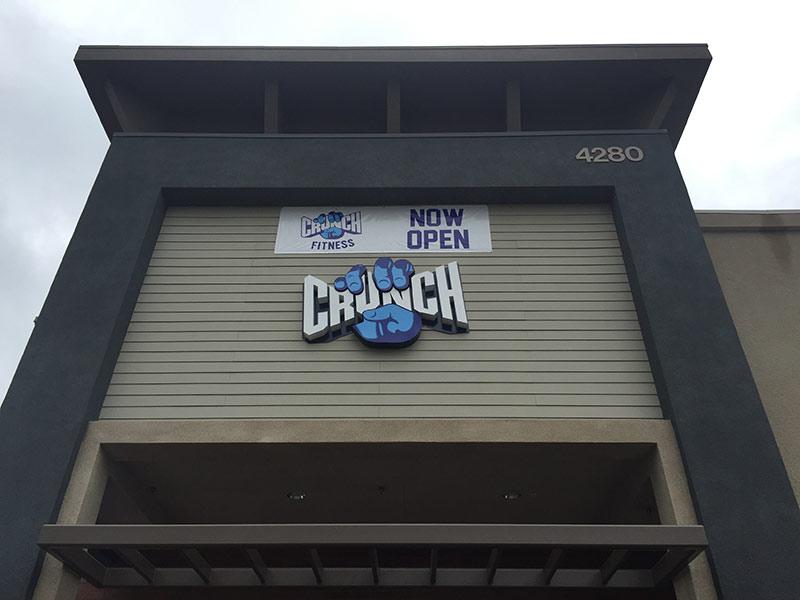 Channel Letters, Crunch Fitness in Long Beach