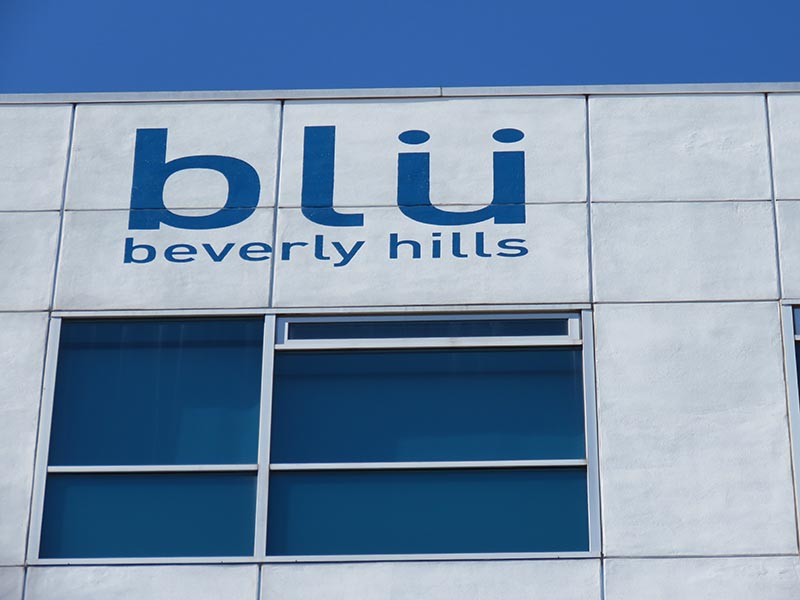 Hand Painted Sign, blu Beverly Hills in Beverly Hills