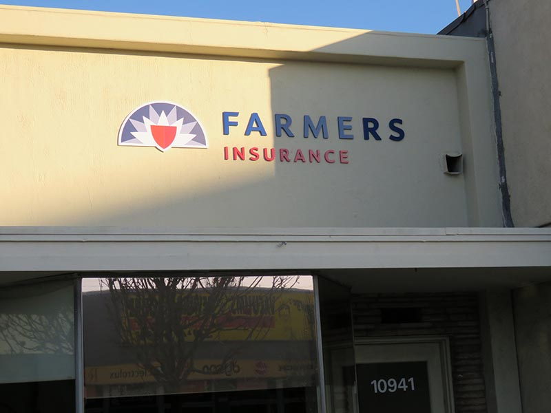 3D Business Sign, Farmers in West Los Angeles
