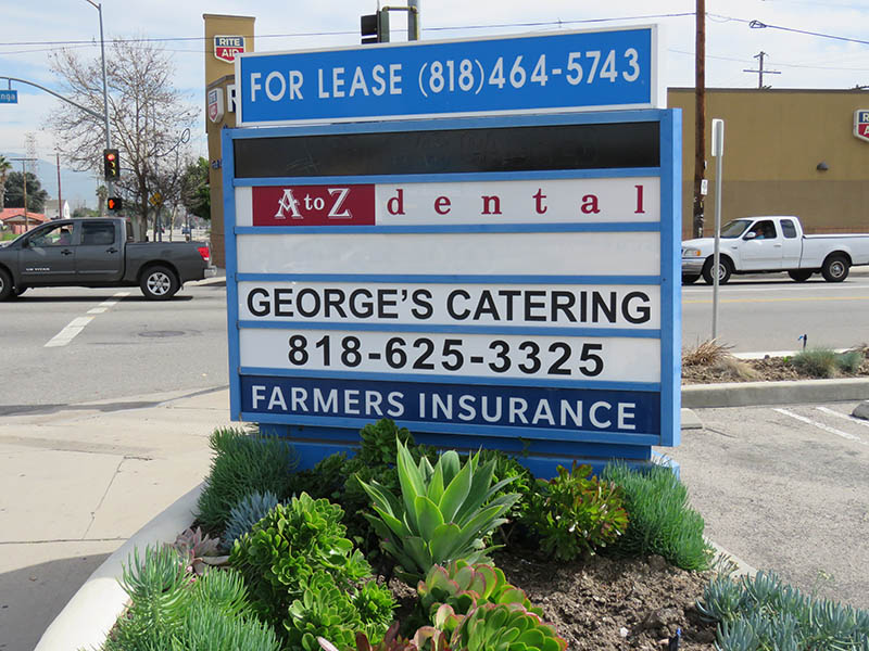 Multi Tenant Pylon Sign, Farmers in North Hollywood