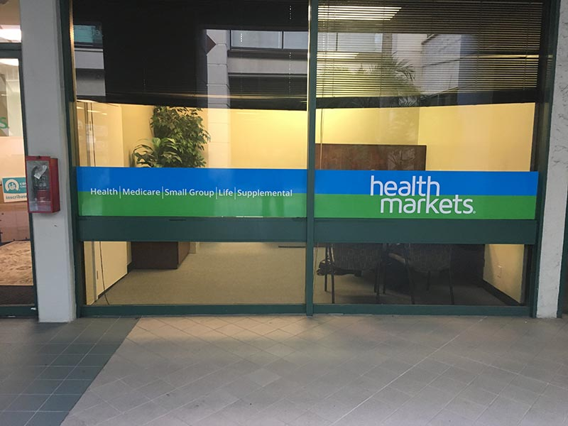 Storefront Graphics, Health Markets in Encino