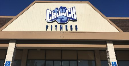 channel letters, illuminated sign, business sign, gym sign, corona, tarzana, crunch fitness