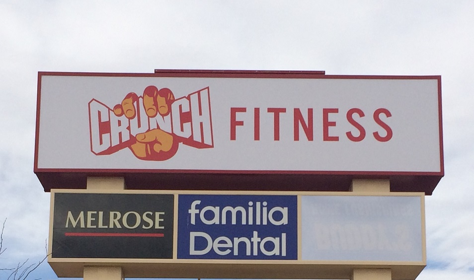 business signs, gym sign, monument sign, shipping, tarzana, las cruces, new mexico, crunch fitness, outdoor sign