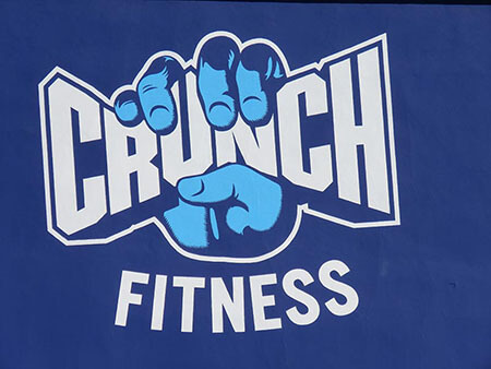 HandPaintedSign_logobusinessSign_CrunchFitness_Chatsworth_PremiumSignSolutions