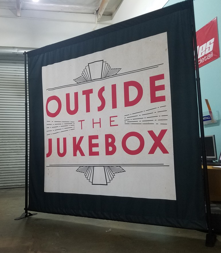 event displays, event banner, trade show displays, trade show banners, tour signs, tour displays, sign maker, sign company