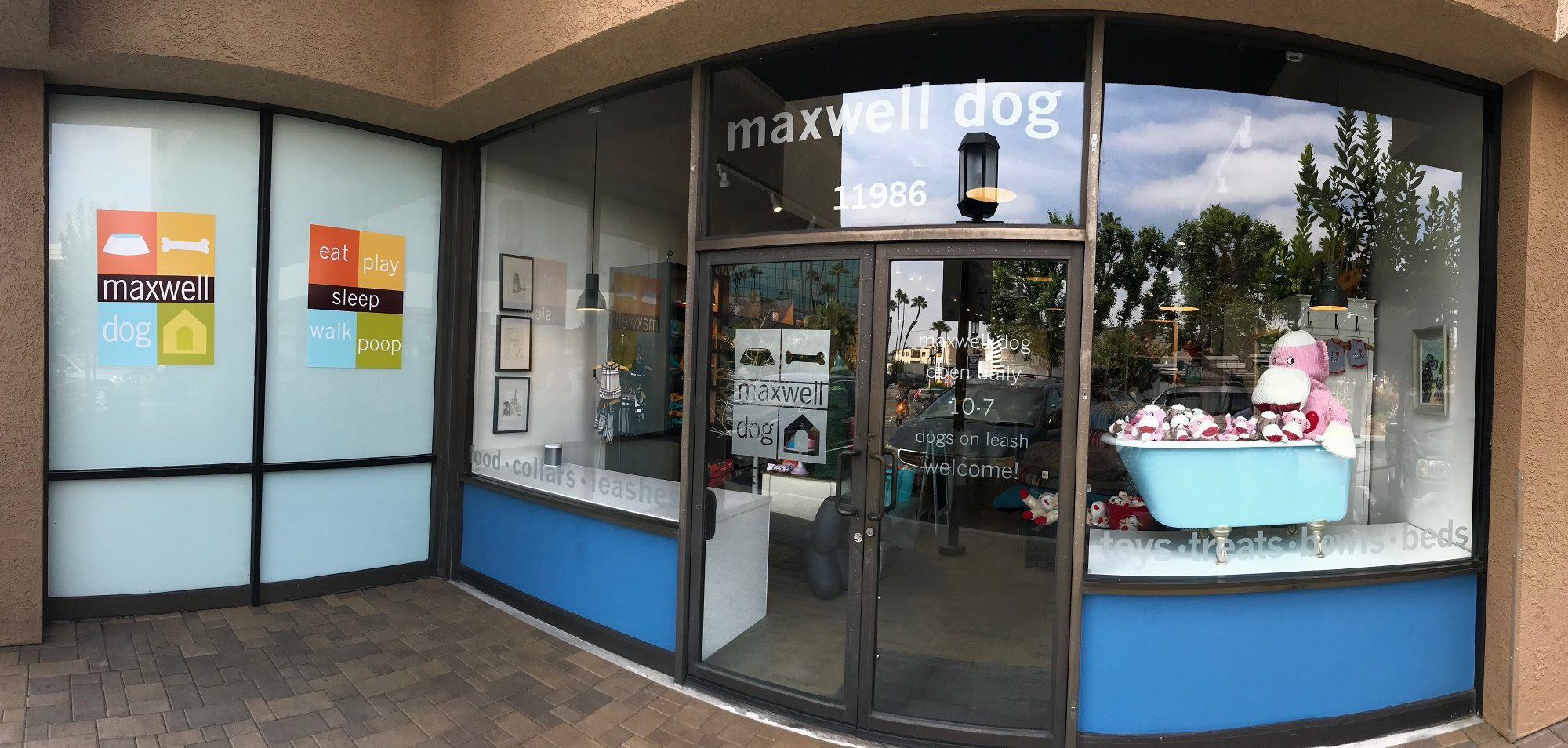 Window Graphics, Etched glass, Window logos, vinyl graphics, window vinyl, storefront sign, mall sign, shopping mall sign, vinyl graphics, door graphics, vinyl graphics, window graphics, vinyl window graphics, vinyl door graphics, store front lettering, business signage, outdoor sign, sign and banner company near me, sign companies, sign company near me, sign making, sign resource and like companies, signs for sale for business, brand lighting signs, sign logo, sign logo stand, where to make my logo sign, where to make my logo sign
