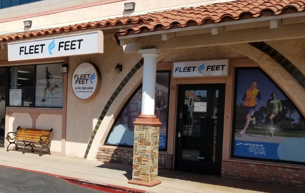 lightbox signs, Lightbox, mall sign, storefront signs, business sign, outdoor sign, exterior sign, illuminated sign, fleet feet, encino sign, Exterior Signage, Premium Sign Solutions Tarzana, sign faces,