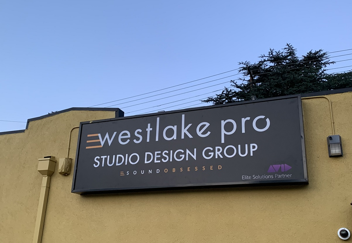 lightbox, Lightbox Sign, Business Sign, Storefront sign, Exterior Signs Universal City Sign Company, Hollywood Sign Company, Westlake Pro Audio Signs, New Business Sign Company, Lightbox Face Signage, Sign Makers Los Angeles, Universal City Business Signs, Premium Sign Solutions Tarzana, Los Angeles Sign Company