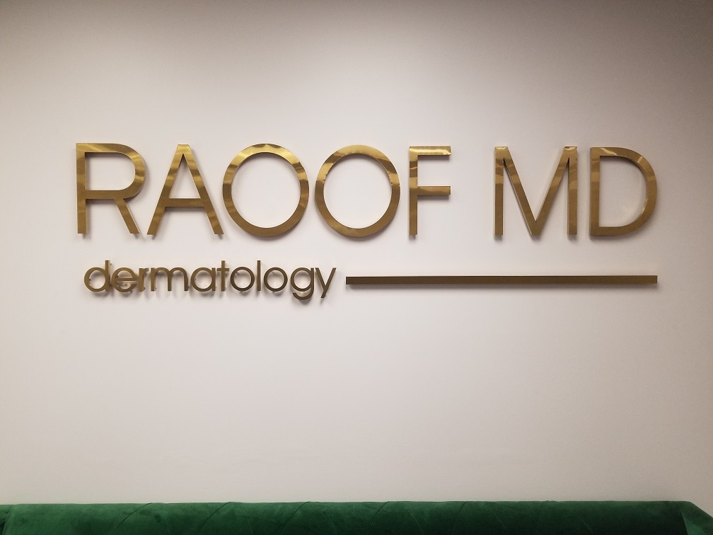 clinic lobby sign, Lobby Sign, Doctors office sign, medical office sign, metal letters, reception area sign, SIgn Makers Los Angeles, Premium Sign Solutions, Sign Company Encino, Full Service Sign Company, New Business Sign, Metal Sign Fabricators, Lobby Sign Encino