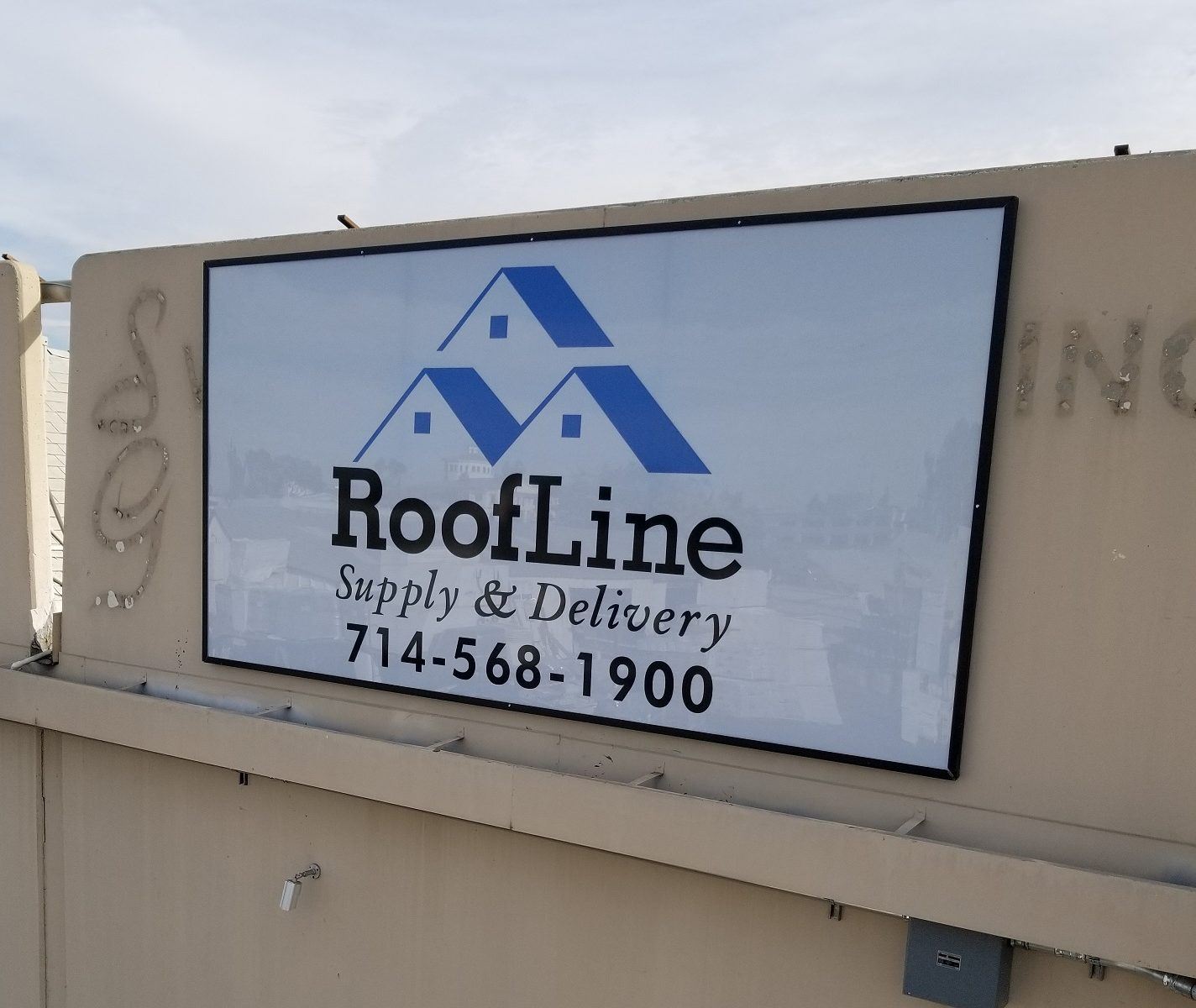 Custom Business Sign, Metal Sign Company Santa Ana, Business Identification Sign, Sign Packages Orange County, Sign Makers Orange County, Premium Sign Solutions Los Angeles, Roofline Supply Sign Santa Ana CA, Exterior Sign Company Santa Ana