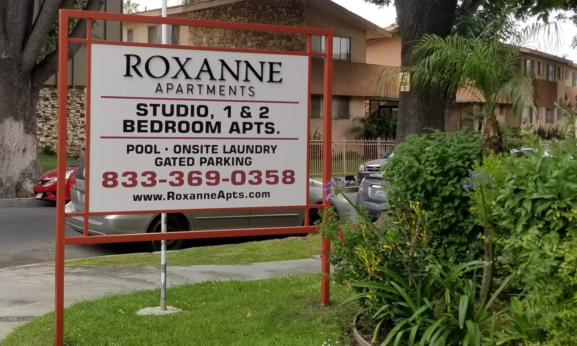 Our apartment post and panel sign for Roxanne Apartments. With this, the Los Angeles property will be even more visible. It also represents the community!