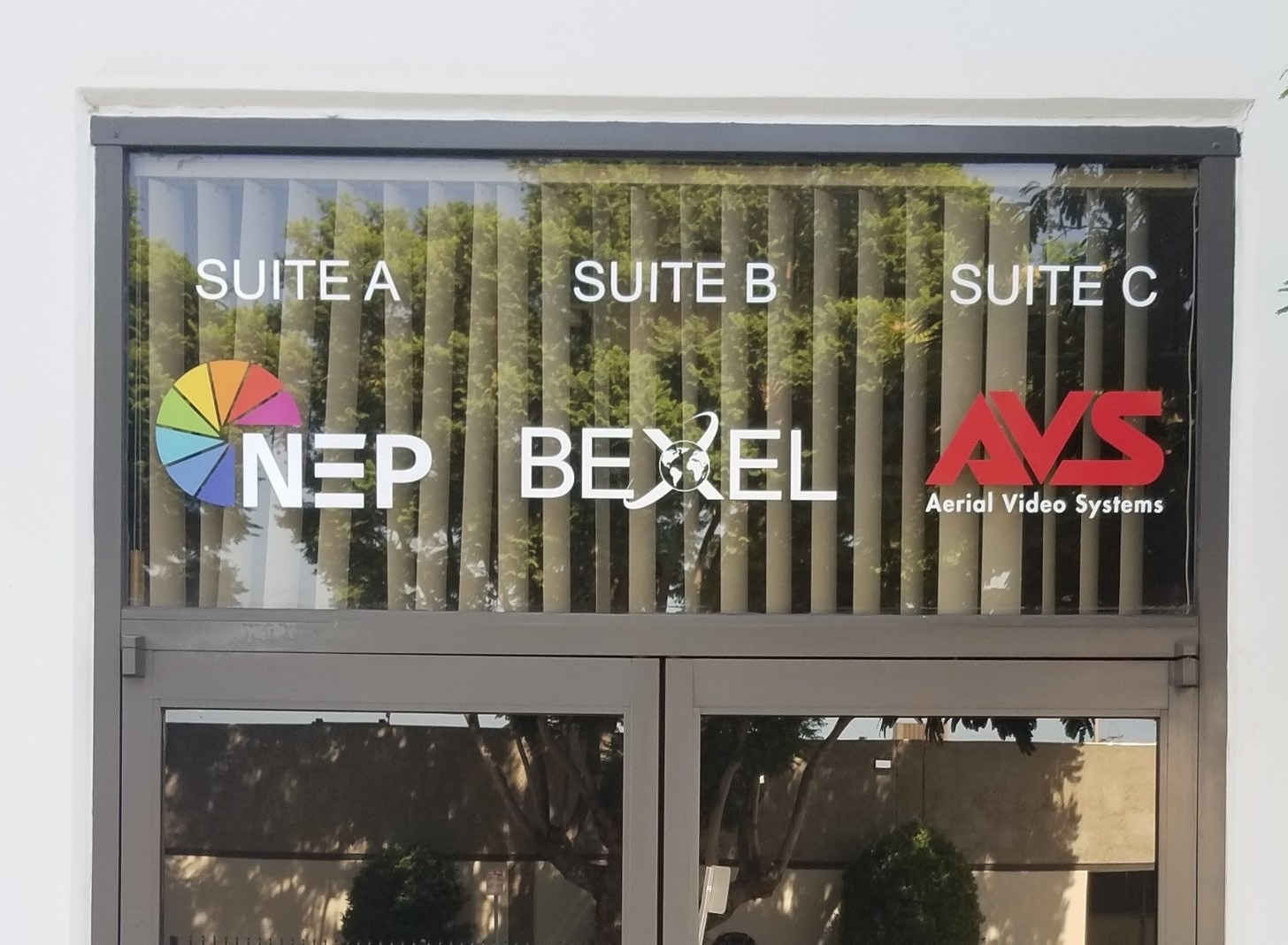 Bexel had additions for their storefront window graphics, which we provided. Now the display for their San Fernando Valley branch is updated.