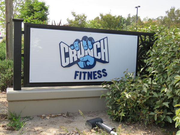Crunch Fitness Simi Valley Monument Sign with Metal Frame Sign Package Non-illuminated monument sign and panel sign Los Angeles Sign Company Premium Sign Solutions Southern California Sign Makers