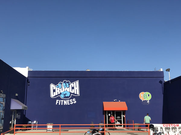 Crunch Fitness Exterior Wall Mural Sign Gym Sign Package Los Angeles Sign Company Premium Sign Solutions Southern California Sign Makers