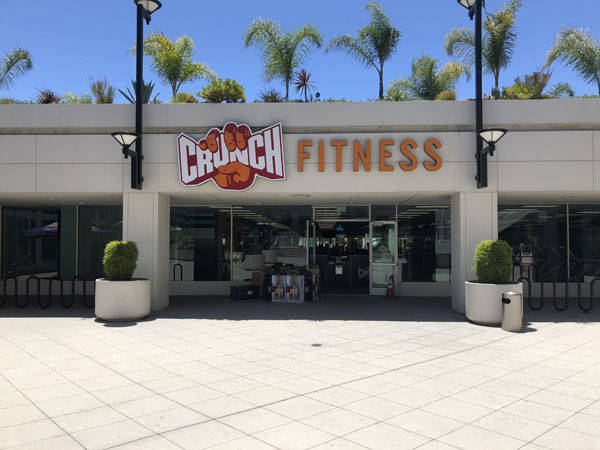 Exterior Illuminated Lighbox and Channel Letter Crunch Fitness Sign Gym Sign Package Los Angeles Sign Company Premium Sign Solutions Southern California Sign Makers