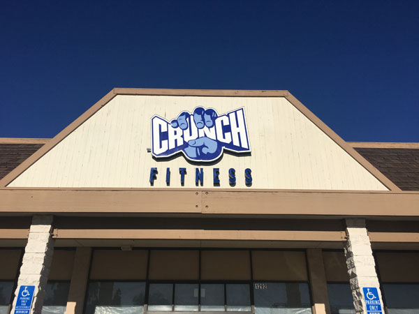 Exterior Crunch Fitness Channel Letter Sign Fabrication and Installation for Los Angeles California Gym Sign Package Los Angeles Sign Company Premium Sign Solutions Southern California Sign Makers