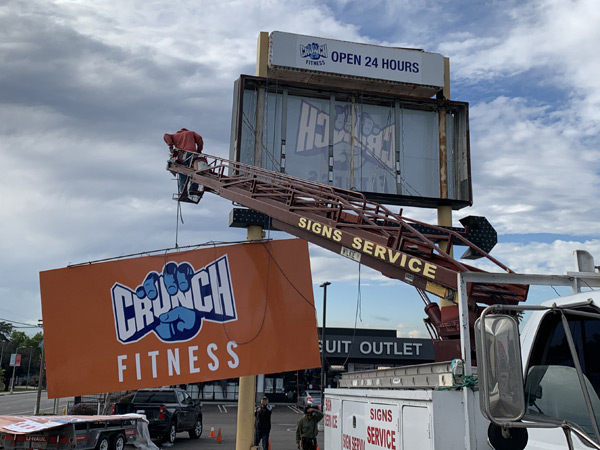 Pylon Insert for Crunch Fitness Fabrication with Installation in Northridge, California Fabrication Installation Los Angeles California Gym Sign Package Los Angeles Sign Company Premium Sign Solutions Southern California Sign Makers