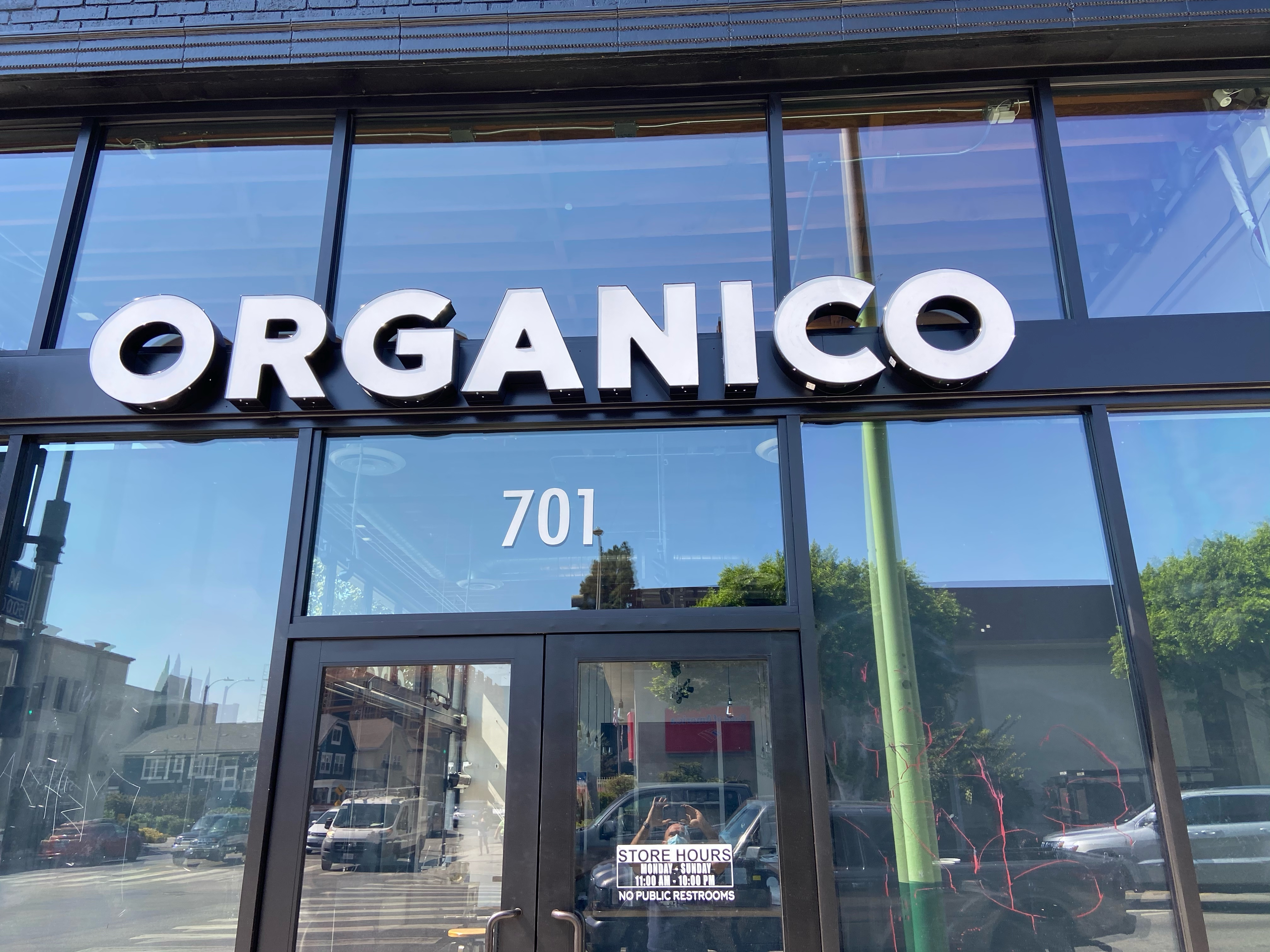 Two sets of front-lit restaurant channel letters we built and installed for Organico, the Los Angeles delivery and take-out only restaurant.