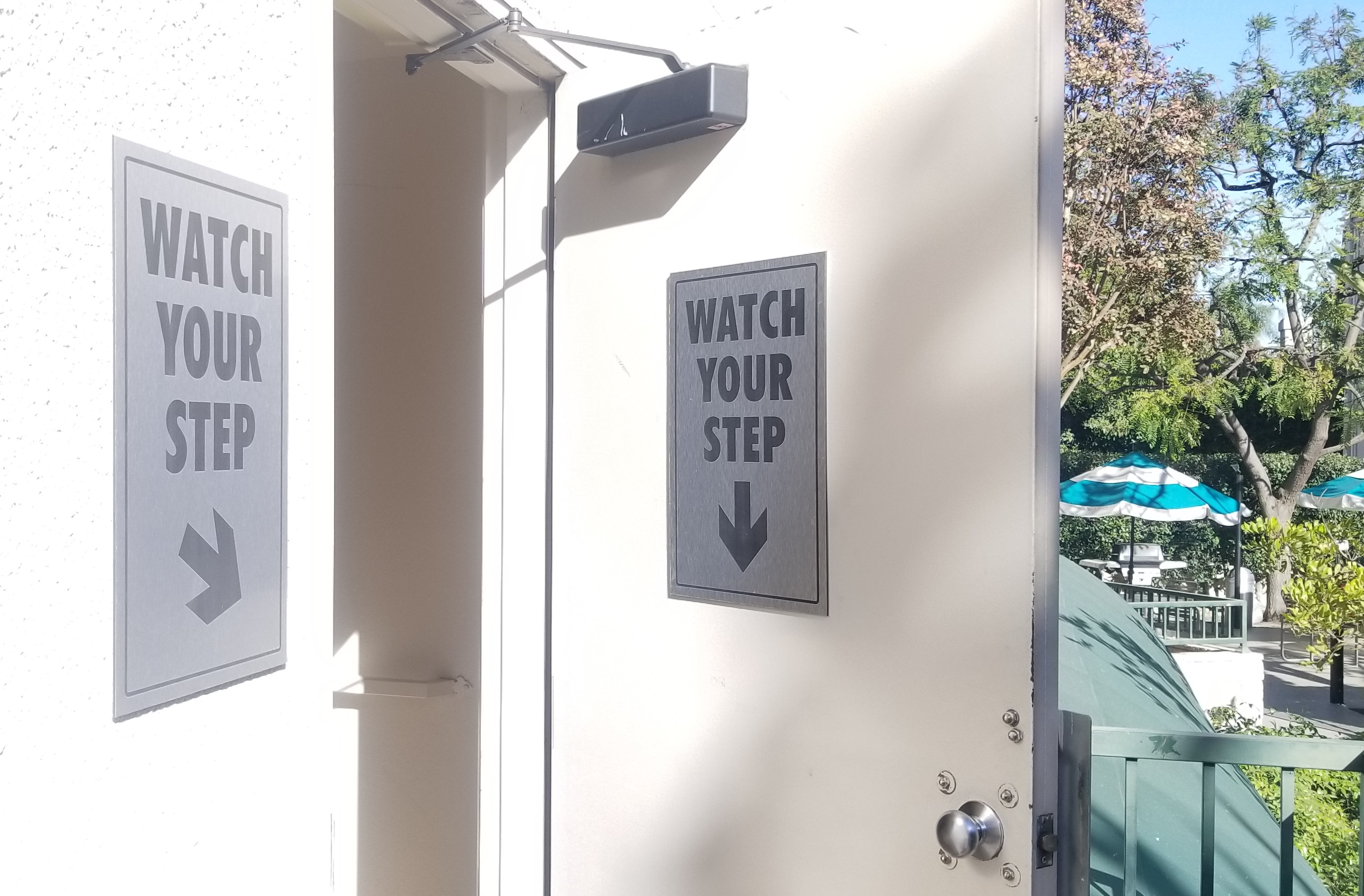 We fabricated and installed metal parking lot signs for Country Club Condo in Sherman Oaks.