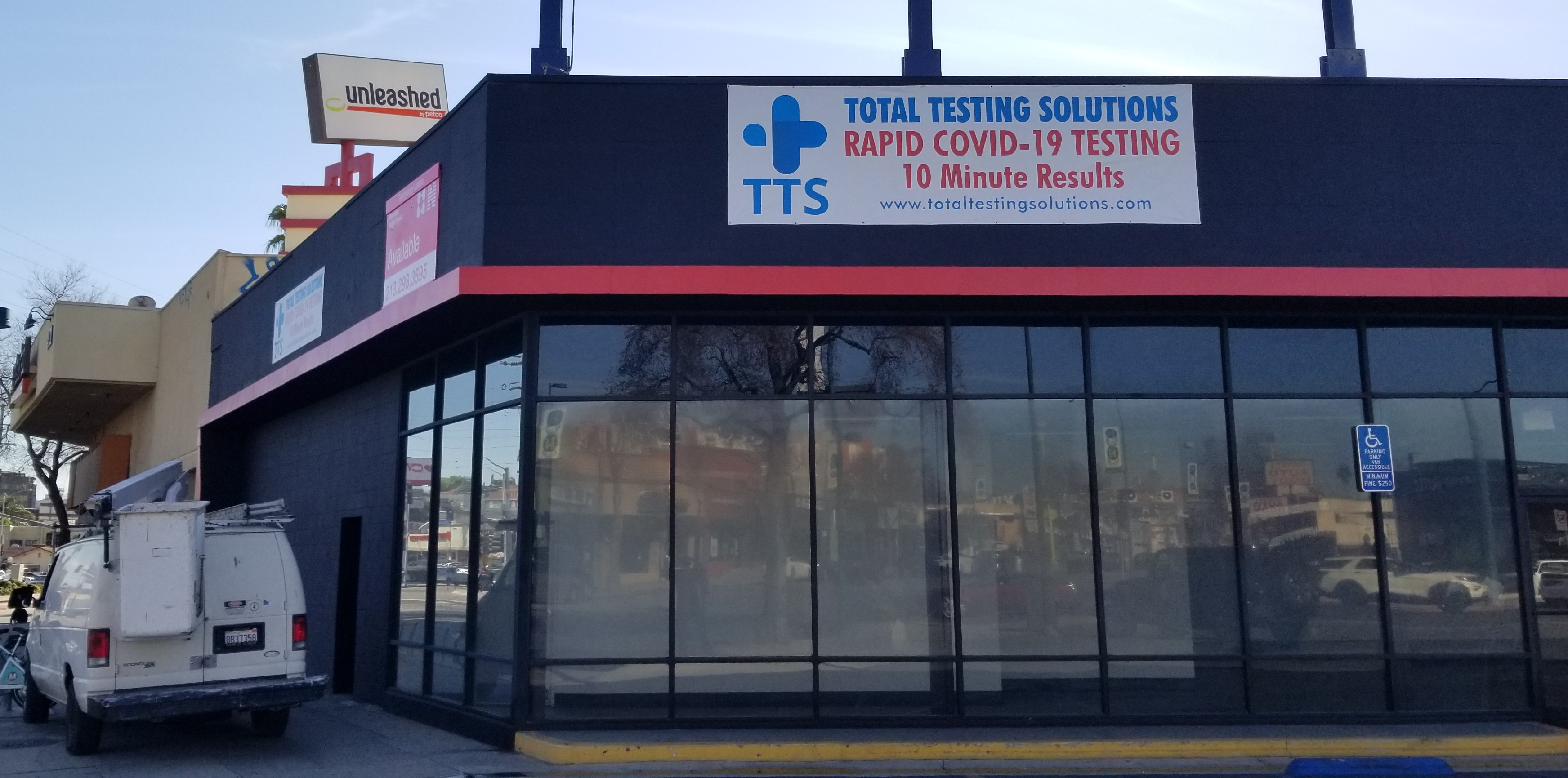 Additional building banners for Total Testing Solutions' North Hollywood location. With these, more sides of their building will be covered with signage!
