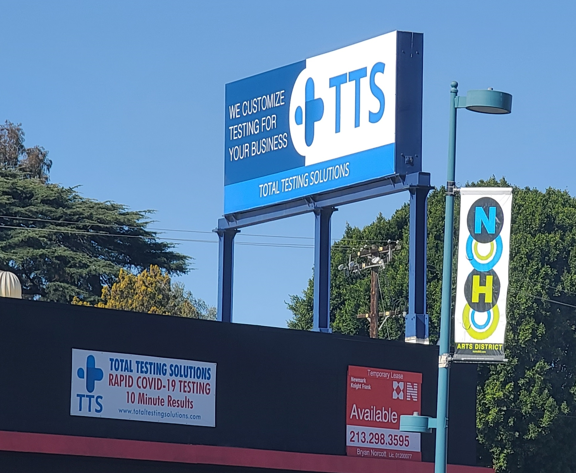 For this custom banner for Total Testing Solutions' North Hollywood location we wrapped an existing lightbox with to use the pylon sign's vantage point to the banner's advantage. It fits like a glove!